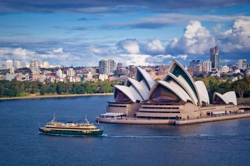 澳洲移民越来越难,身份