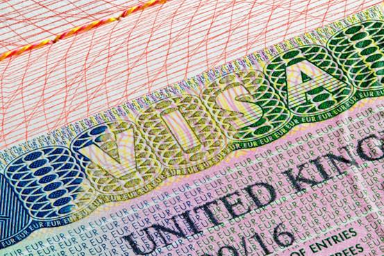 英国去年签发的签证25%都给了中国人,为啥国人那么爱往英国跑?